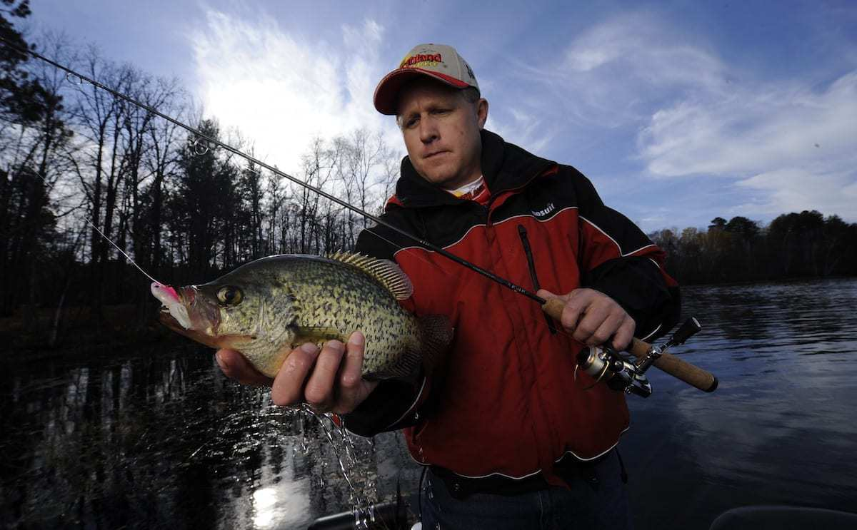 Backwater Crappies – An Autumn River Bonanza